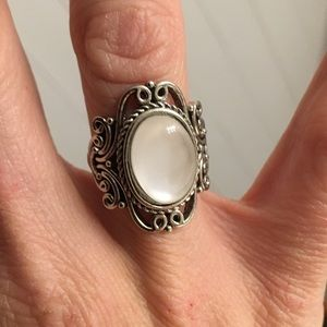 Costume jewels plated silver ring pearly white gem